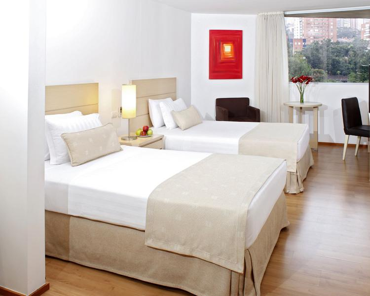 Standard Twin Room ESTELAR Blue Hotel Medellin