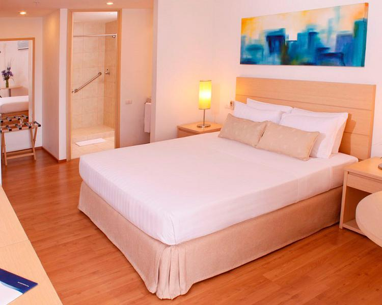 Junior Suite ESTELAR Blue Hotel Medellin